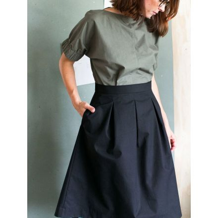 Three Pleat Skirt Papierschnittmuster von The Assembly Line