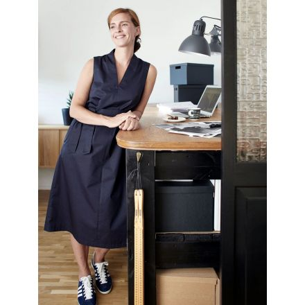 V-Neck Dress Papierschnittmuster von The Assembly Line
